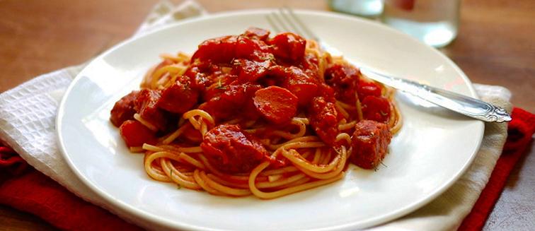 Espaguetis filipinos